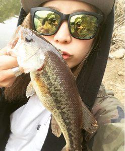 釣りガール_YUI