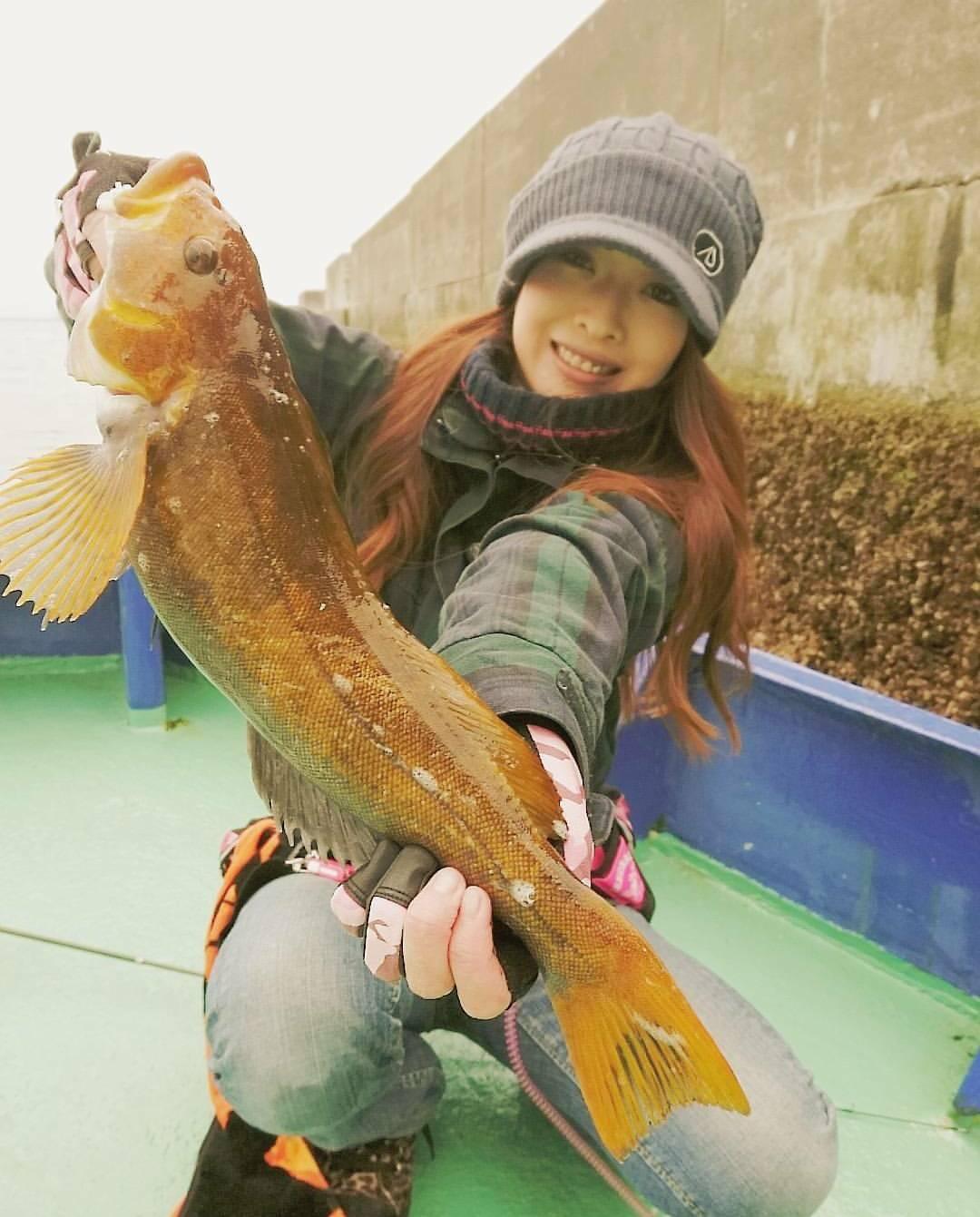 釣りガール_まいぴ