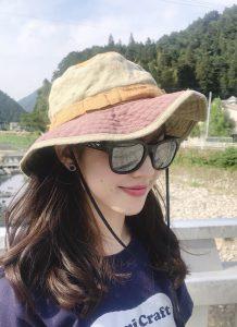 釣りガール_サングラス・帽子