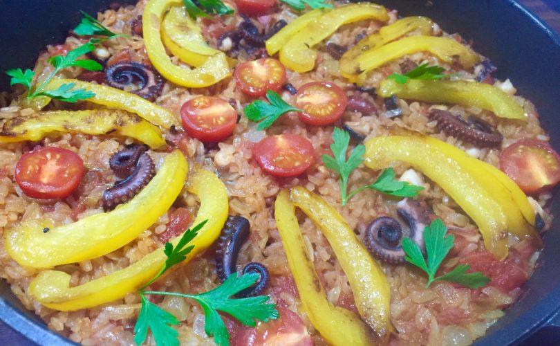 釣った魚(タコ)で料理♪タコのパエリアのレシピ