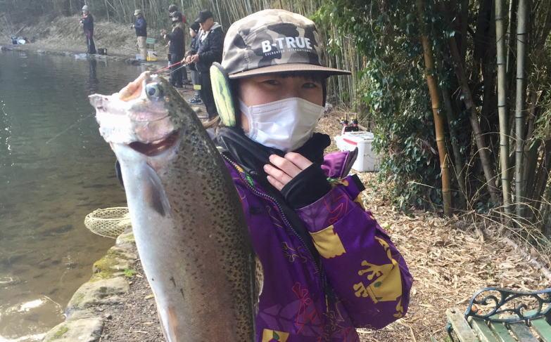 新年初釣りは、すそのフィッシングパークへ(・∀・)