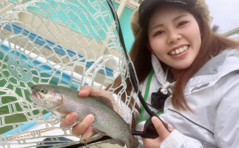 管釣りでルアーでニジマス釣ってきました?