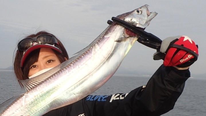 【私の好きな釣り】釣りガールエリカが最近ハマってるタチウオジギングの楽しさと魅力について✨