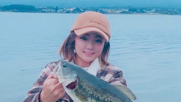 トップで釣れて最高の日❤秋のバス釣り河口湖レポート✨