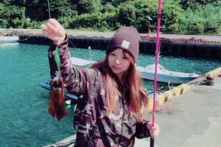 釣りガールとんちゃんの✨初めて買った釣り具✨エギングロッドのお話🦑
