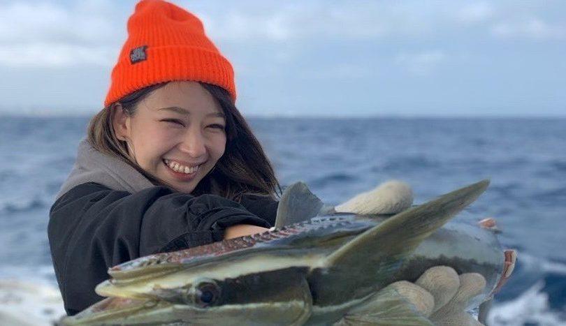 沖縄でオフショア釣り!!狙いのミーバイは釣れなかったけど、珍しいゲストに感激✨