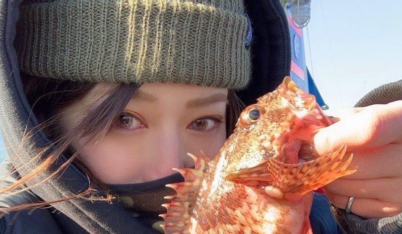 【釣り企画】女の子4人で五目釣りへ🚢♪友達がイソメを克服!