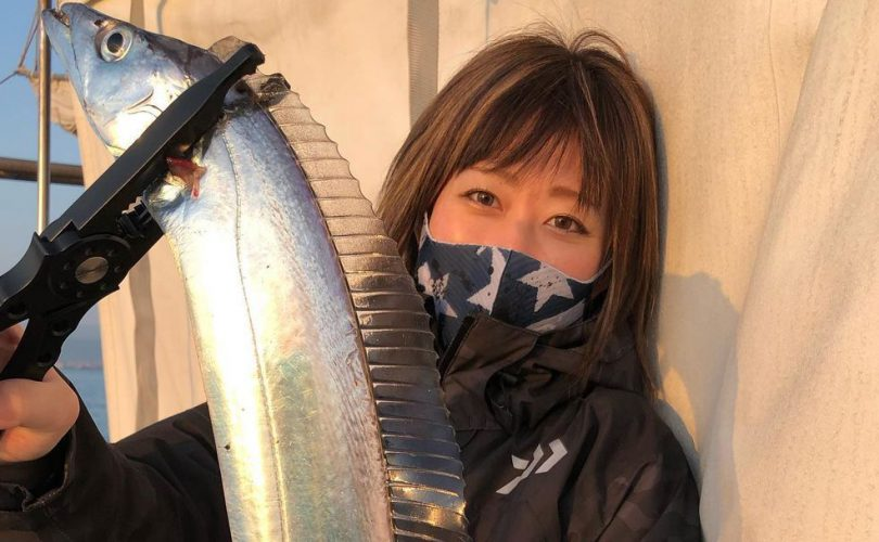 エリカさんがタチウオをGET!🎣4月第2週の釣りガール釣果レポート⭐️