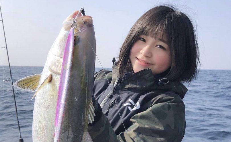 """""""中学生釣りガールかれん""""釣りデビューのお話✨不安だらけだった私が釣りに夢中になったきっかけとは?"""